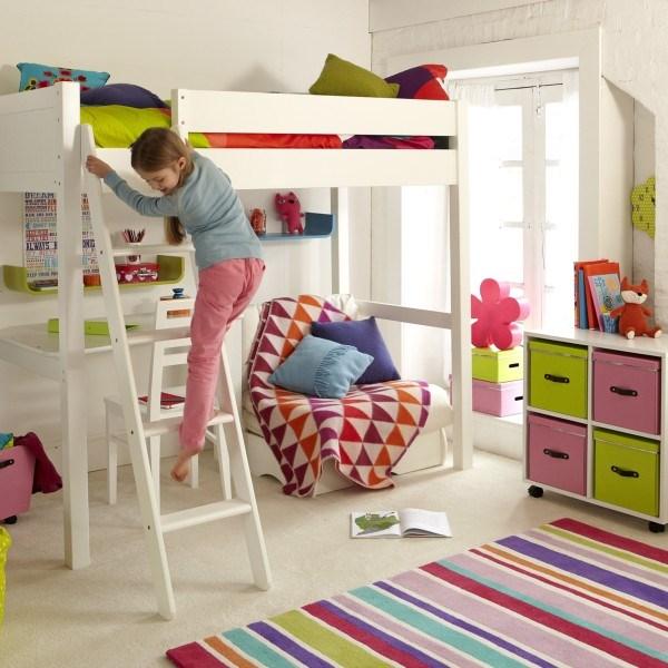 Детская кровать домик для девочки - внизу рабочее место
