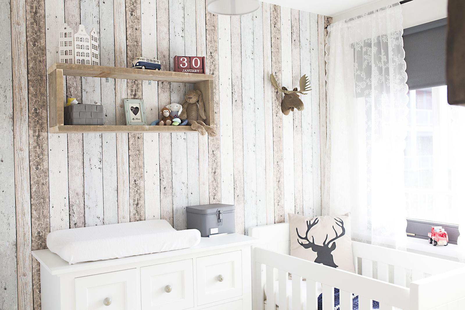 прозрачные шторы в скандинавском стиле